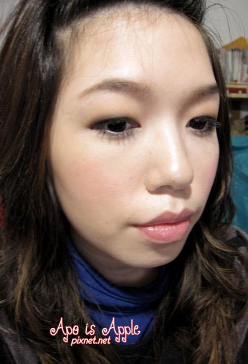 我-染眉膏好用唷.jpg