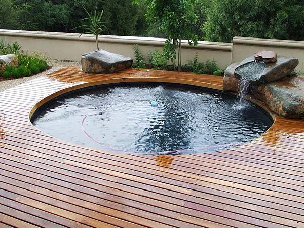 Beautiful-Above-Ground-Pool-Deck-Ideas.jpg