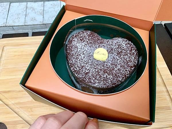 起士公爵 Cheese Duke│超香醇濃郁【濃厚系必吃甜點】巧克力控不能錯過的 75%特濃皇家布朗尼蛋糕 80%比利時手工生巧克力