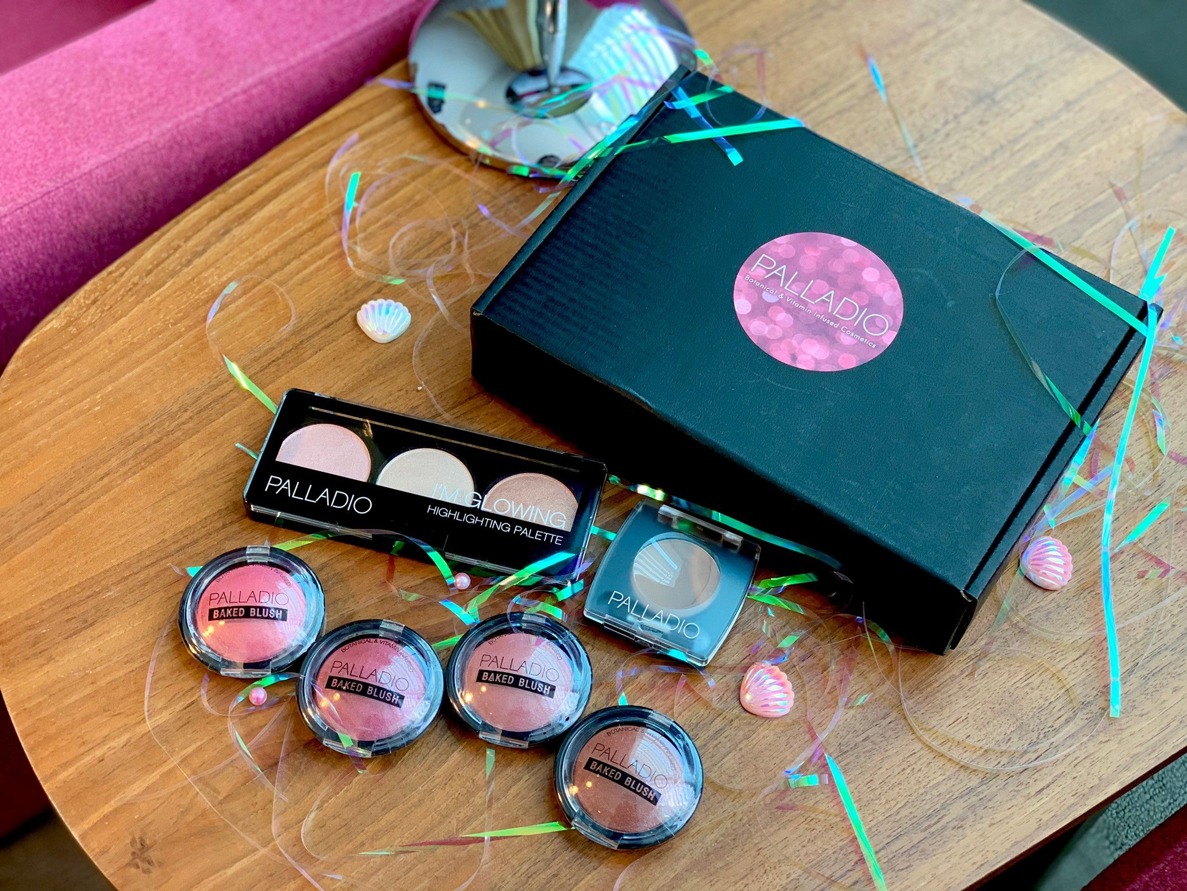 PALLADIO女神光耀系列│美國專業彩妝領導品牌,廣泛用於好萊塢片場/時裝伸展臺【要美麗也要對肌膚有益】光耀女神系列彩妝全新上市開箱,締造珍珠質感的高級精緻妝容,由內到外透出好氣色