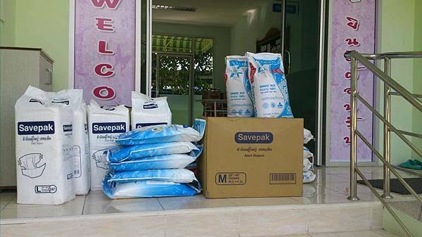 160433-Winter-relief-work-Bangkok-Jan-2016-items-003