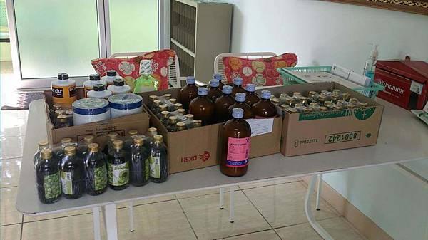 160433-Winter-relief-work-Bangkok-Jan-2016-items-005