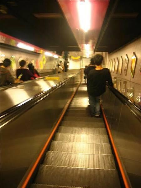 地鐵站手扶梯