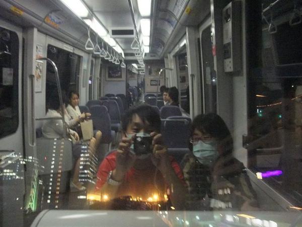 電車內.jpg