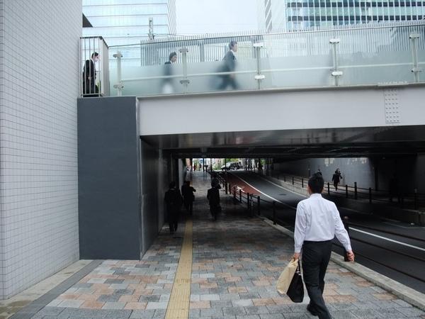 早上的秋葉原車站附近.jpg