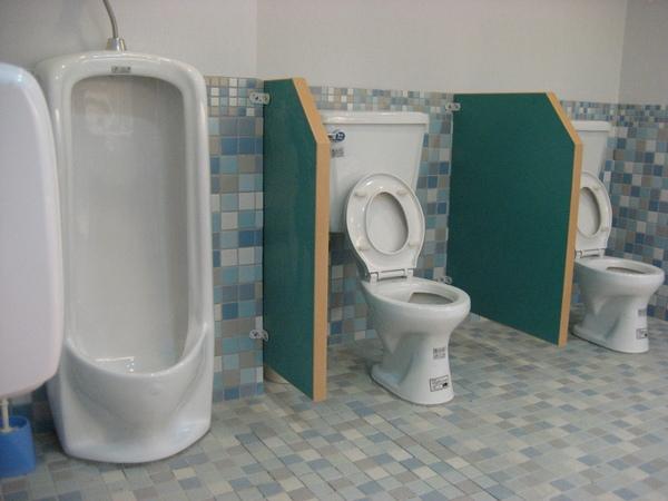 廁所一隅(1).jpg