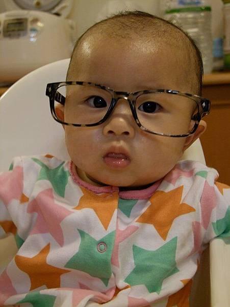 2014-04-30【7M5D】戴媽咪的眼鏡