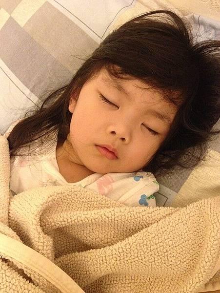 2014-10-21妞妞生病重感冒