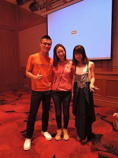 2015-07-14新竹煙波菁英特訓。晚上的七彩派對。好喜歡他們^^