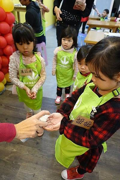 2016-02-21。營養俱樂部小小店長體驗活動