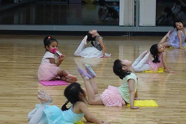 2016-05-13第二堂的芭蕾舞課