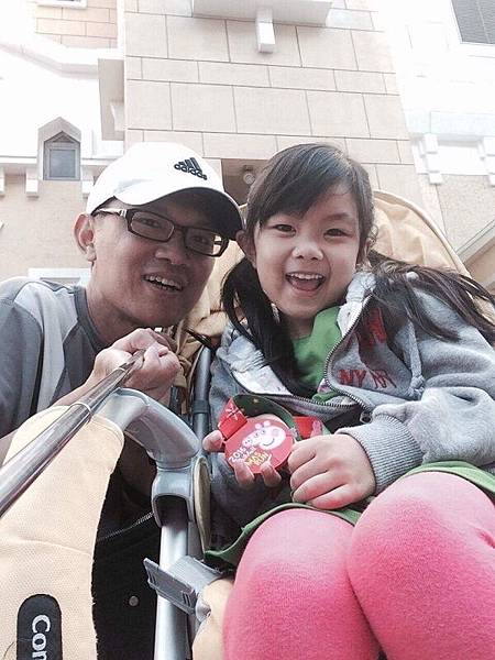 2016-12-18妞晴的第一次路跑~佩佩豬益起跑