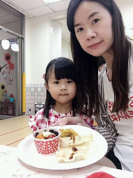 2017-05-12幼兒園母親節活動之高麗菜美食料理會(大班)