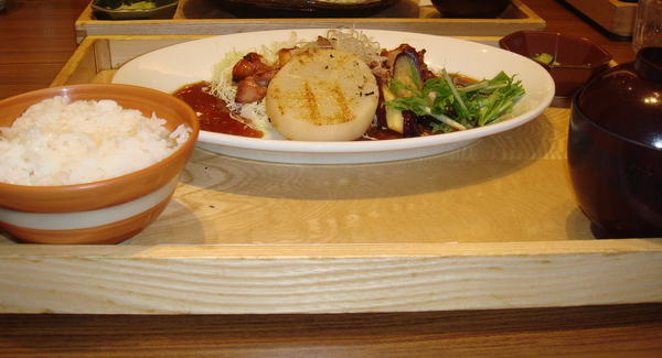 炭烤雞肉醬燒定食