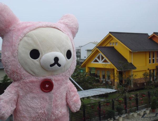 大家好,為大家介紹我後面的輕井澤民宿.JPG