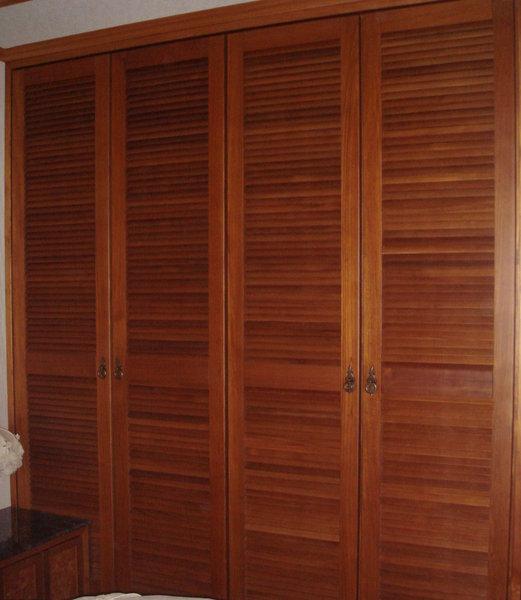 房間的櫃子.JPG