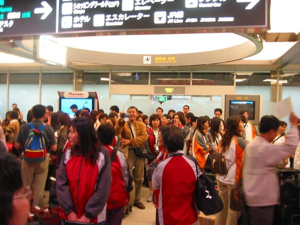 DAY1-04-北海道千歲機場大廳01.jpg