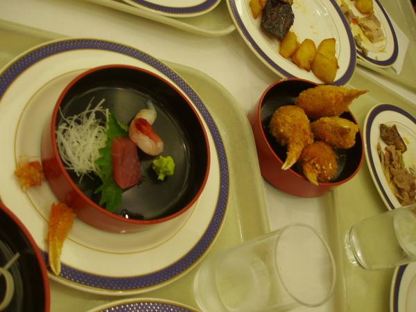 DAY1-25-晚餐BUFFET 一定要吃的生魚片