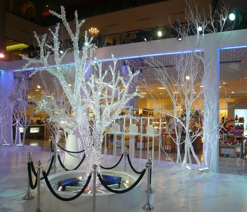 展場正中的聖誕樹