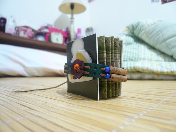 手工方塊書背面