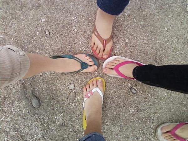 猜猜我的腳是哪隻