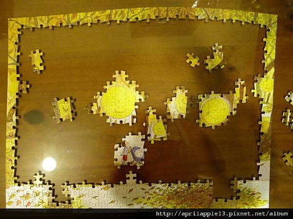 完成黃色月亮和小男孩