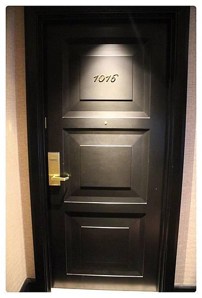 1041215-林酒店-01