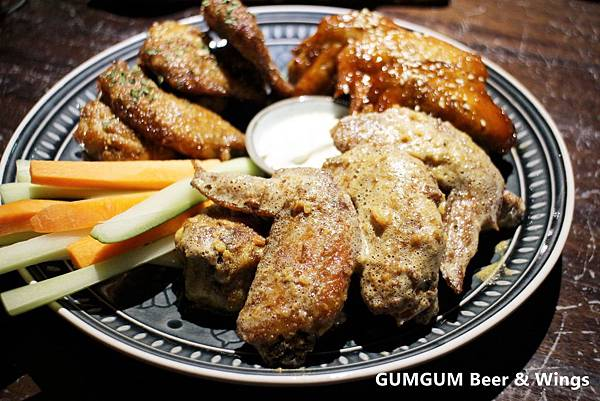 1060919-GUMGUM Beer & Wings-18