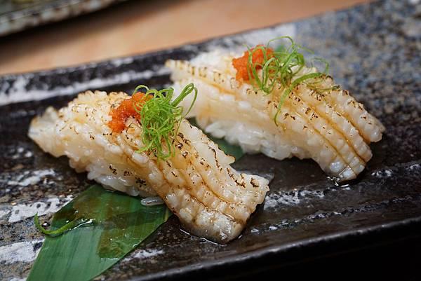 比目魚鰭邊肉握壽司.jpg