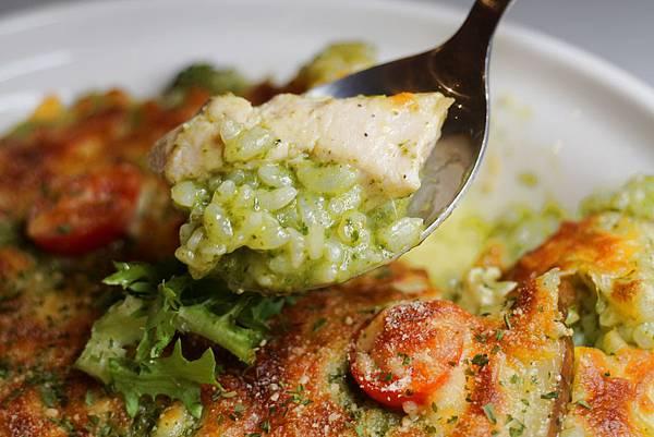 嫩嫩雞肉焗烤飯2.jpg