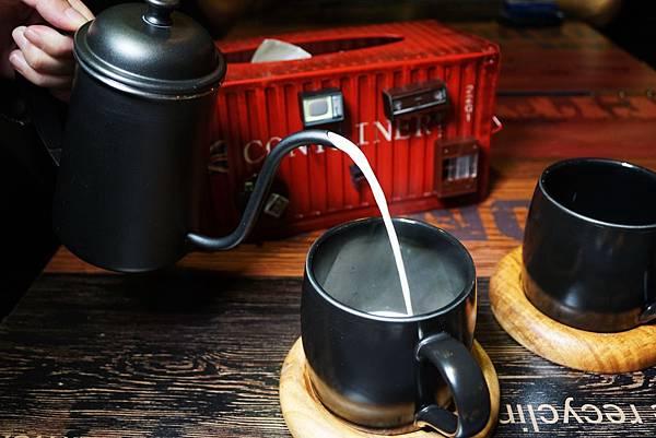 鮮奶茶2.jpg