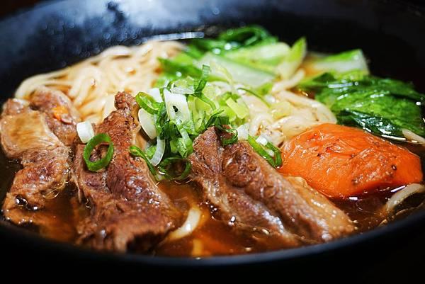 牛肉麵3.jpg