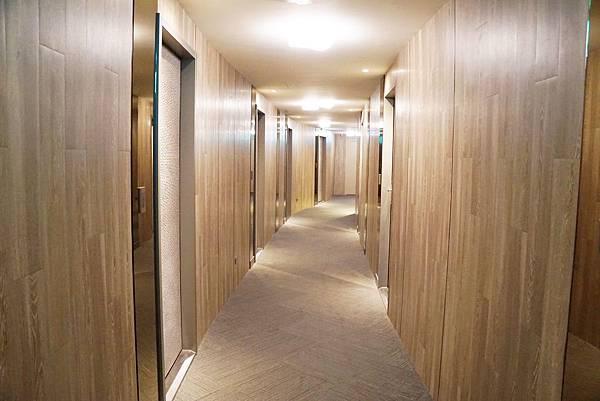 長廊1.jpg