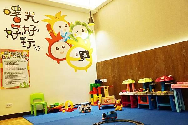 兒童遊戲室2.jpg