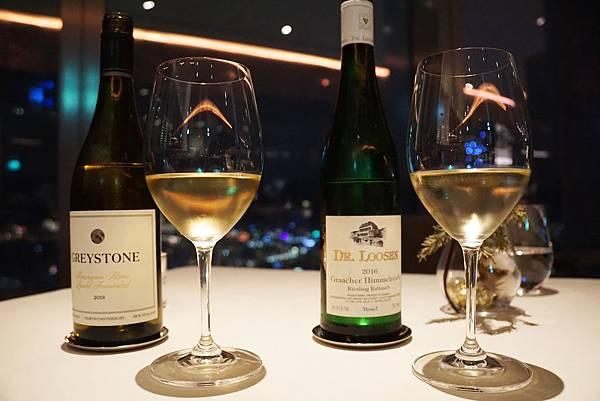 紅白酒2.jpg