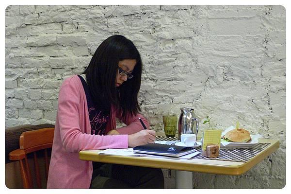 20110520手縫課照片-17.JPG