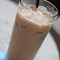 khaki 凍奶茶