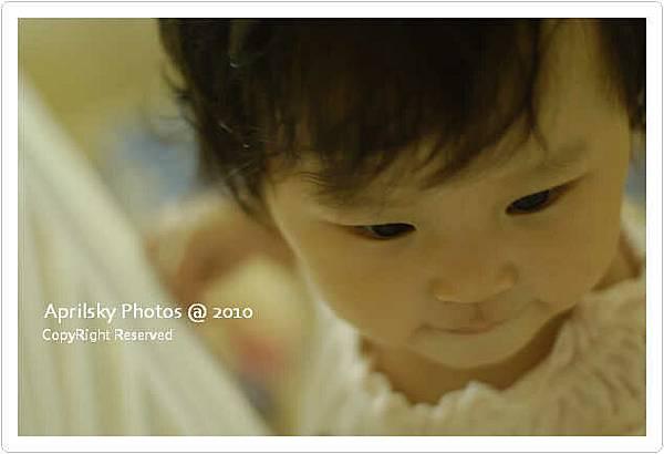 是在拍嬰兒廣告嗎?