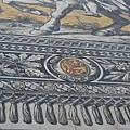 這國王壁畫其實是邁森磁磚貼的