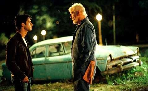 深夜加油站遇見蘇格拉底