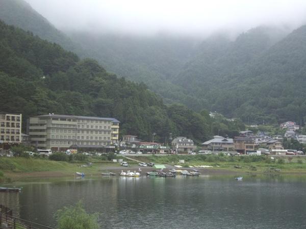 富士山腳的某一個湖泮