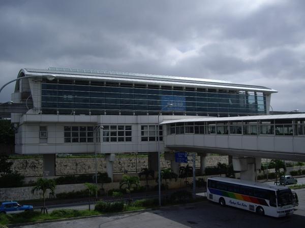 2009-10-21 機場電車站