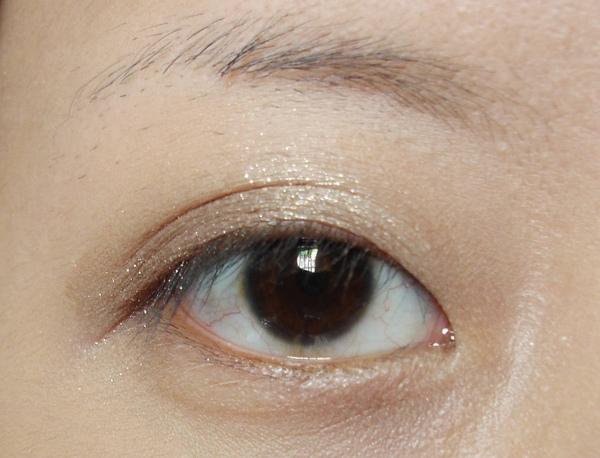 疊擦金棕色睜眼