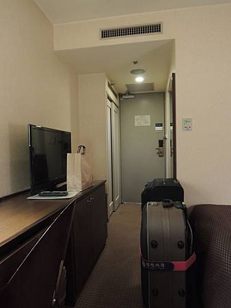 房間共6坪