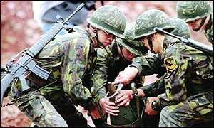 _773347_taiwan-military-1-6-300.jpg