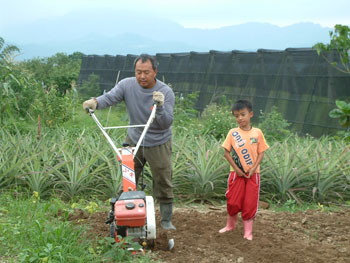 帶小孩用耕耘機