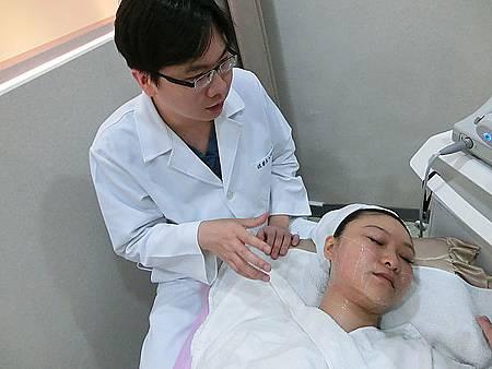 Ulthera超音波拉提體驗 - 追求臉的極致線條~緊實拉提讓臉更上鏡!!17.jpg