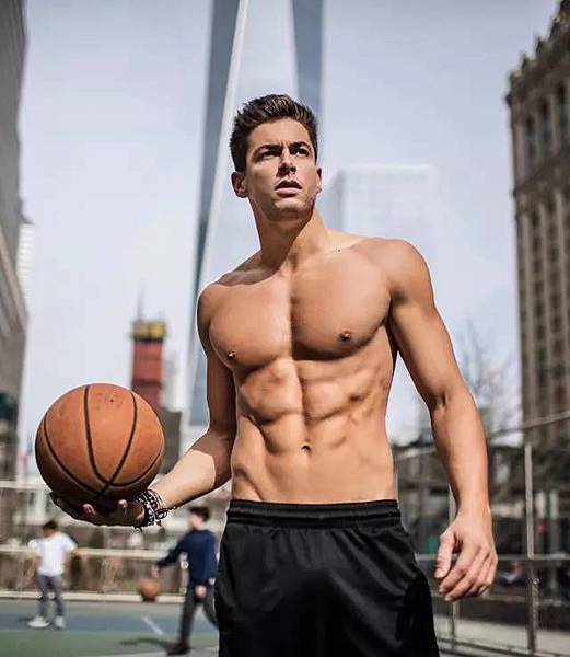 男人就應該運動健身.jpg
