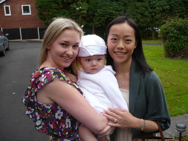 小Wei-Bo的Godmother, Auntie Debbie