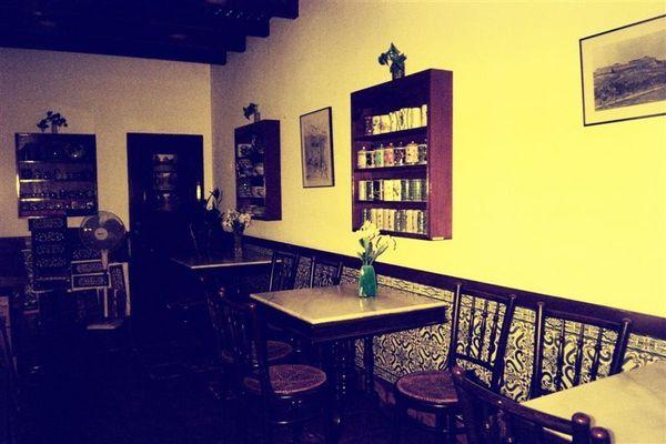 061小巧可愛的咖啡廳.jpg
